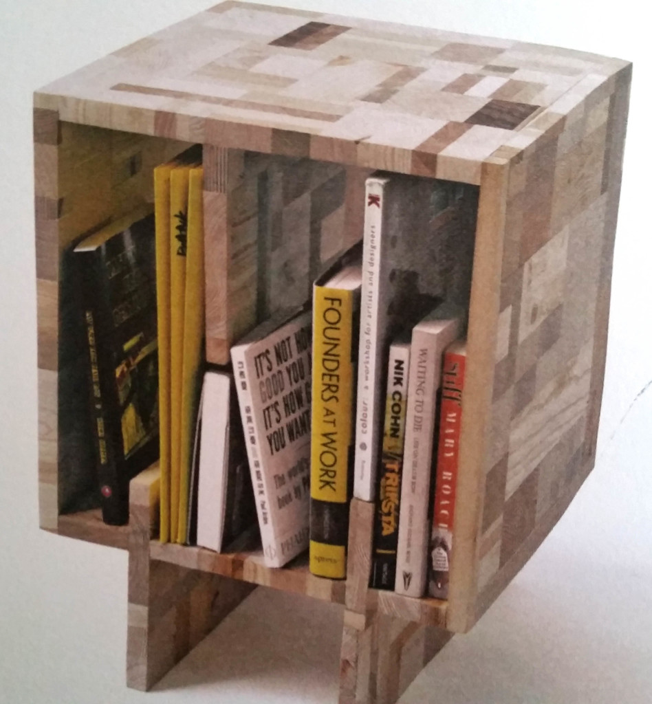 recycled-wooden-book-shelf-1
