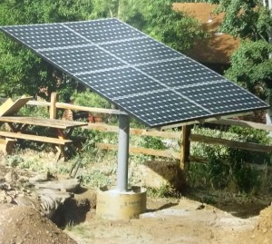 solar-panel-mounting-on-the-ground