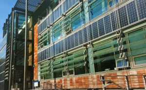 solar-panels-used-as-architectural-elements